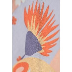 zoom sur Sweet Kokeshi Madame Mo, koinobori en coton bio